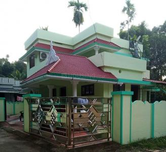 Gallery Cover Image of 1500 Sq.ft 3 BHK Independent House for buy in North Paravoor for 4500000