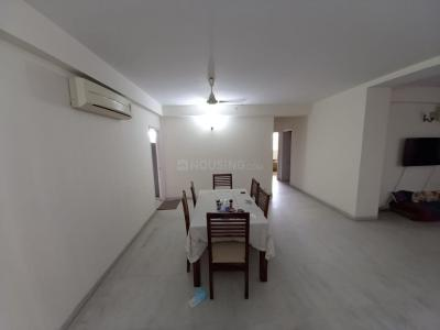 Gallery Cover Image of 1800 Sq.ft 4 BHK Apartment for rent in DLF Belvedere Park, DLF Phase 3 for 54000