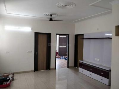 Gallery Cover Image of 1350 Sq.ft 3 BHK Apartment for rent in Bhopura for 11000
