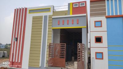 Gallery Cover Image of 900 Sq.ft 2 BHK Villa for buy in Veppampattu for 3200000