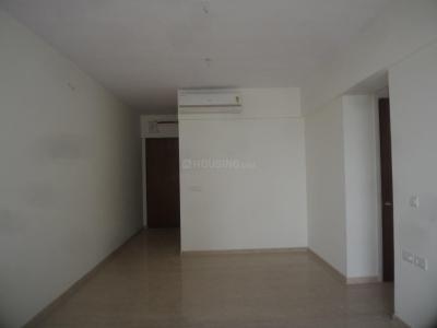 Gallery Cover Image of 1700 Sq.ft 2.5 BHK Apartment for rent in Parel for 90000