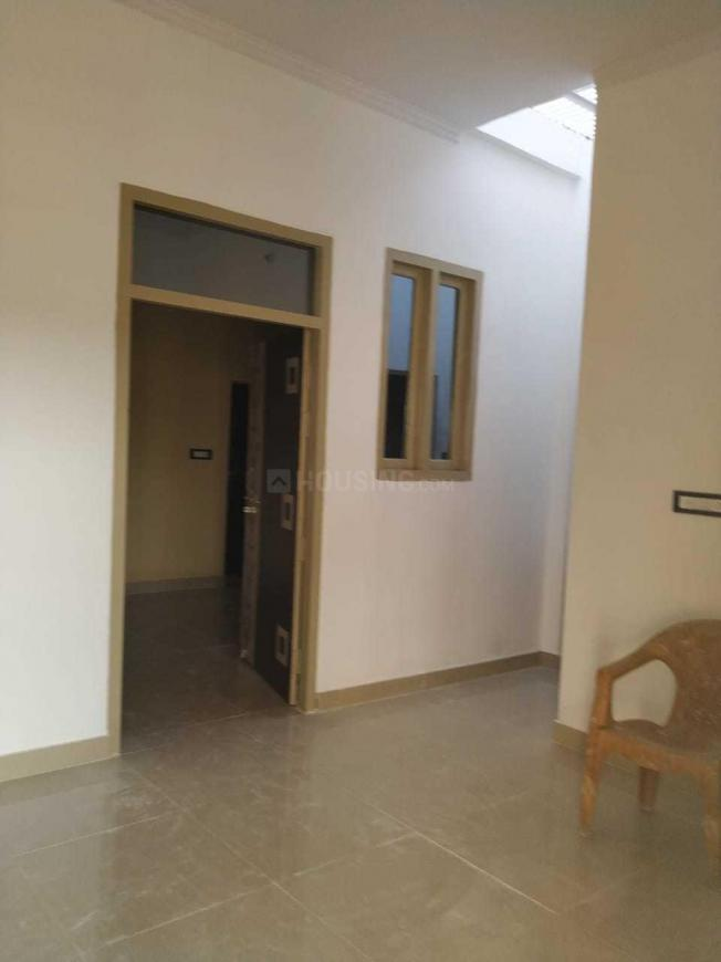 Living Room Image of 800 Sq.ft 2 BHK Independent House for buy in Gomti Nagar for 3800000