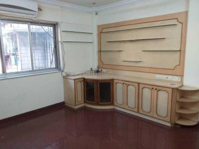 Gallery Cover Image of 450 Sq.ft 1 RK Apartment for rent in Santacruz West for 26000