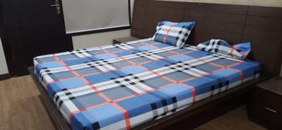 Bedroom Image of Girls PG In Noida in Sector 18