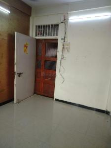 Gallery Cover Image of 450 Sq.ft 1 RK Apartment for buy in  Nawab Mansion Apartment, Sion for 9900000