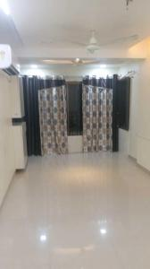 Gallery Cover Image of 800 Sq.ft 2 BHK Apartment for rent in Malad East for 41000