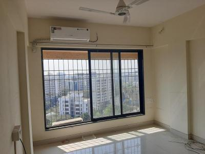 Gallery Cover Image of 800 Sq.ft 2 BHK Apartment for rent in Bandra East for 75000