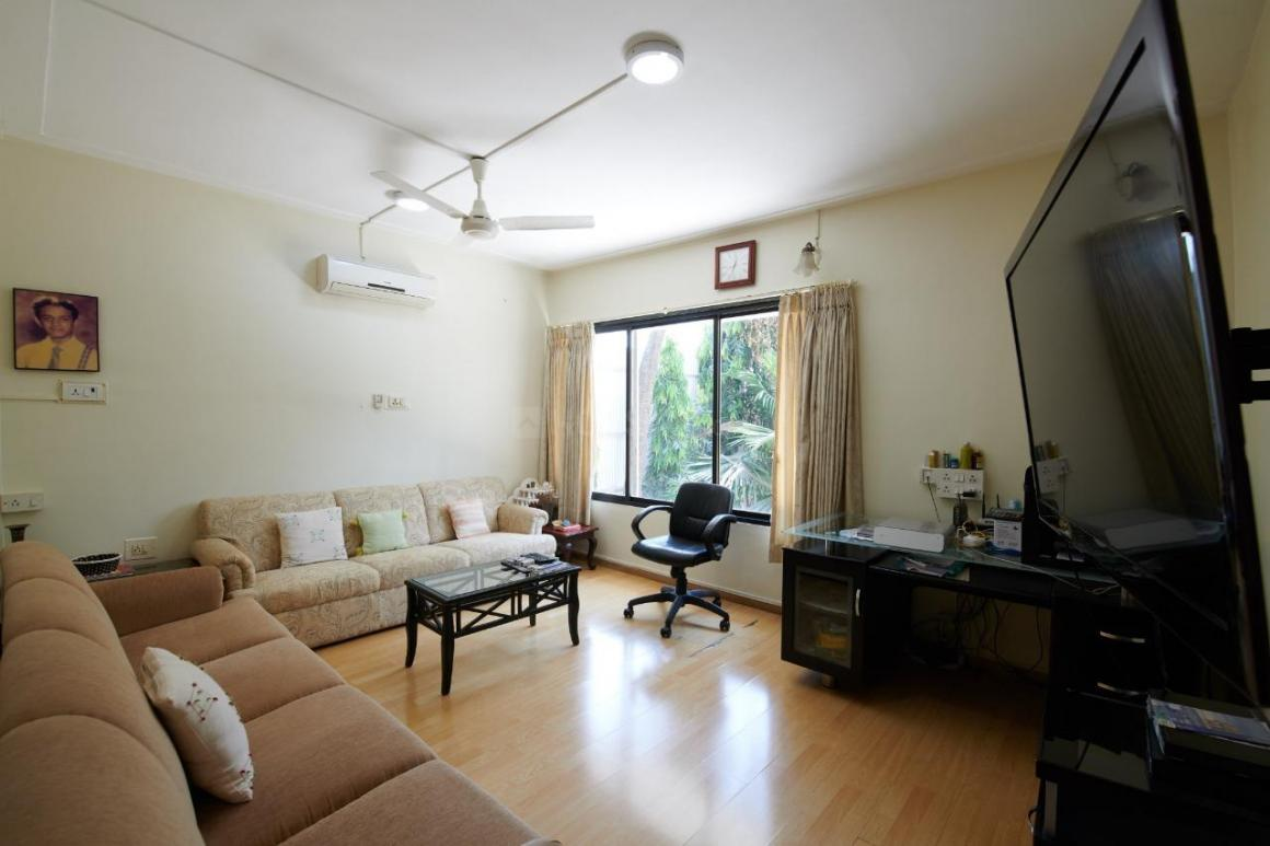 Living Room Image of 4000 Sq.ft 5 BHK Villa for rent in Juhu for 450000