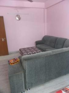 Gallery Cover Image of 650 Sq.ft 1 BHK Independent Floor for rent in Lake Town for 10000