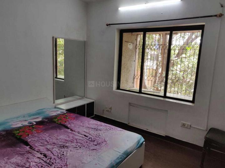 मुलुंड वेस्ट में रमेश पीजी में बेडरूम की तस्वीर