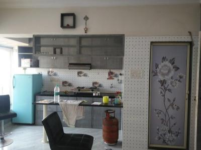 Gallery Cover Image of 545 Sq.ft 1 BHK Apartment for rent in Goregaon East for 22000