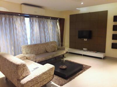 Gallery Cover Image of 1000 Sq.ft 2 BHK Apartment for rent in Khar West for 150000