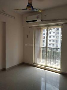 Gallery Cover Image of 1160 Sq.ft 3 BHK Apartment for rent in Kasarvadavali, Thane West for 19000