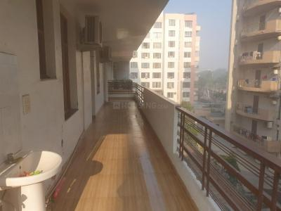 Gallery Cover Image of 1600 Sq.ft 2 BHK Apartment for rent in CGHS Narkanda Apartment, Sector 31 for 35000