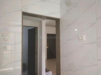 Gallery Cover Image of 660 Sq.ft 1 BHK Apartment for buy in Pragati Crystal, Ulwe for 5400000