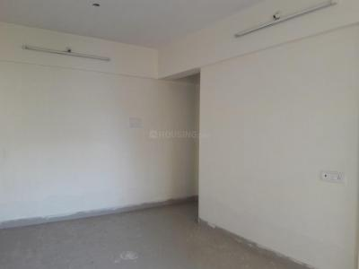 Gallery Cover Image of 920 Sq.ft 2 BHK Apartment for rent in Mira Road East for 17000