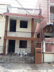 Gallery Cover Image of 850 Sq.ft 1 BHK Independent House for rent in Thoraipakkam for 11000
