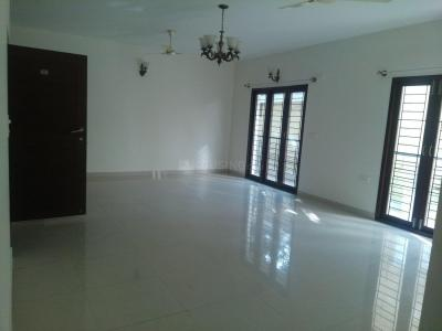 Gallery Cover Image of 2400 Sq.ft 3 BHK Apartment for rent in Kalyan Nagar for 45000