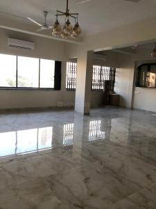 Gallery Cover Image of 1490 Sq.ft 3 BHK Apartment for rent in Mahim for 160000