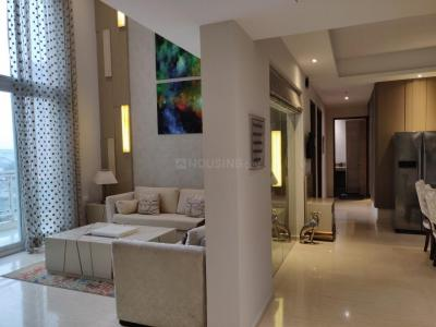 Gallery Cover Image of 2500 Sq.ft 3 BHK Apartment for rent in Mahagun Mezzaria, Sector 78 for 46000