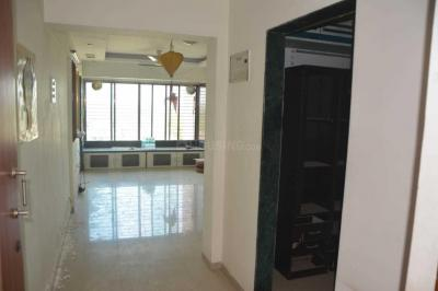 Gallery Cover Image of 1050 Sq.ft 2 BHK Apartment for buy in Borivali East for 16500000
