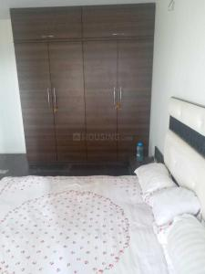 Gallery Cover Image of 660 Sq.ft 1 BHK Apartment for rent in Malad West for 26000
