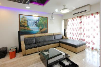Gallery Cover Image of 1800 Sq.ft 4 BHK Apartment for rent in Andheri West for 130000