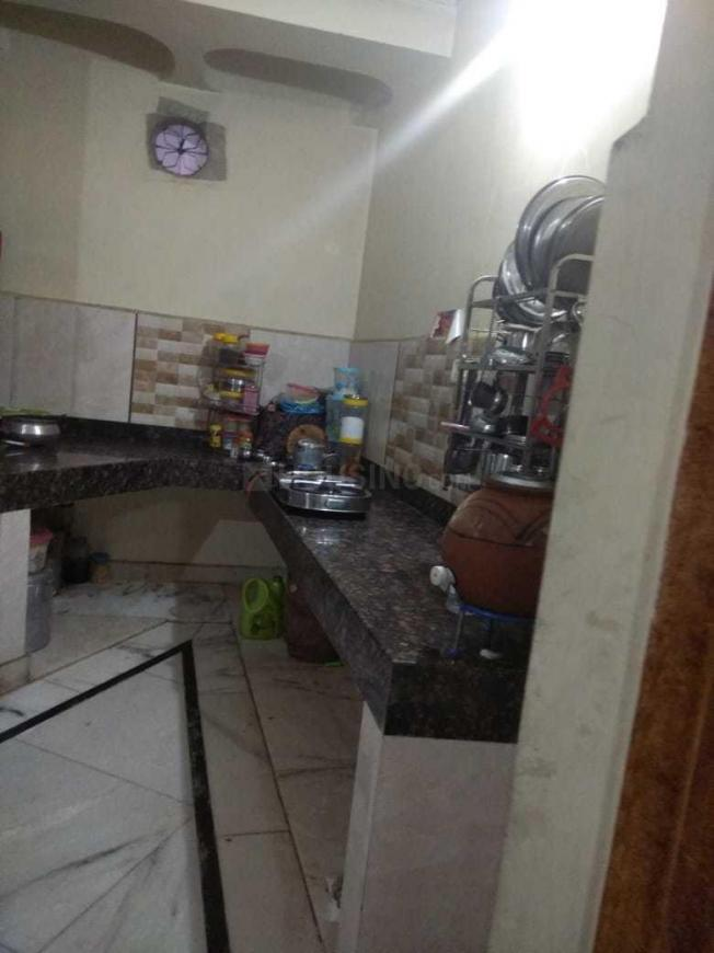 Kitchen Image of 1050 Sq.ft 3 BHK Independent Floor for buy in Dana Oli for 6000000