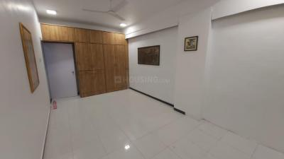 Gallery Cover Image of 600 Sq.ft 1 BHK Apartment for buy in New Creation, Khar West for 18000000