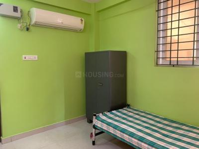 Gallery Cover Image of 300 Sq.ft 1 RK Apartment for rent in Chitra Avenue, Choolaimedu for 11000