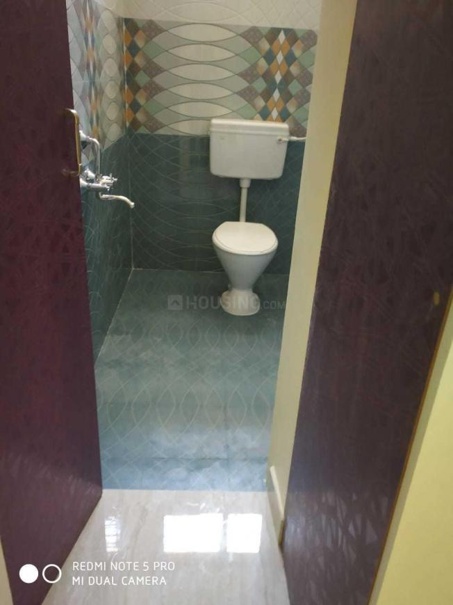 Common Bathroom Image of 1350 Sq.ft 3 BHK Villa for buy in Ambattur for 7000000