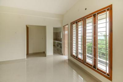 Gallery Cover Image of 1220 Sq.ft 3 BHK Apartment for buy in Kattankulathur for 5200000