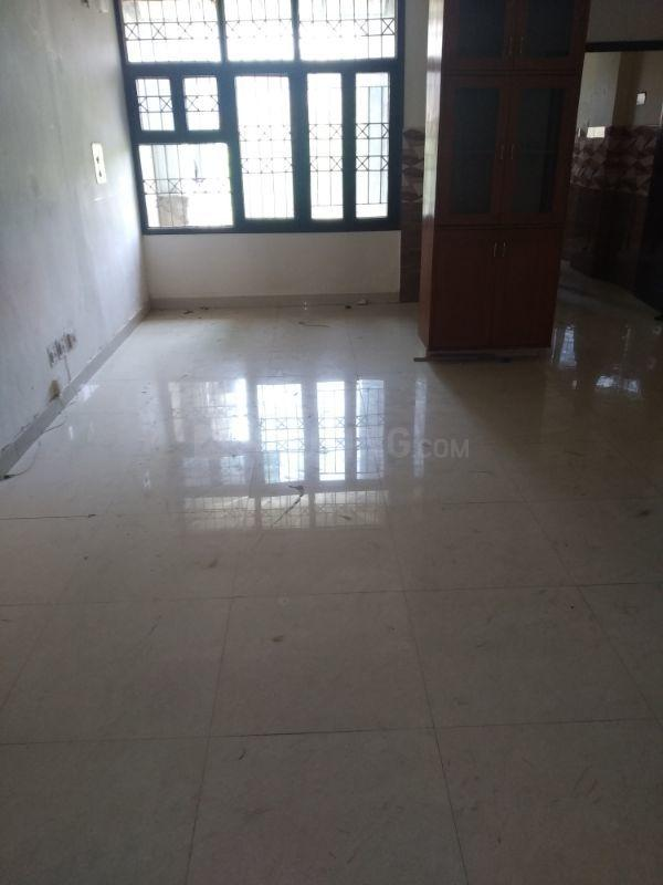 Living Room Image of 2500 Sq.ft 4 BHK Apartment for rent in Sector 5 Dwarka for 45000