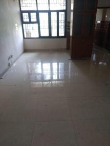 Gallery Cover Image of 2500 Sq.ft 4 BHK Apartment for rent in Sector 5 Dwarka for 45000