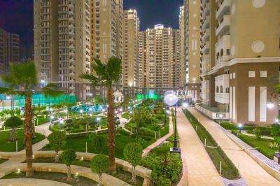 Gallery Cover Image of 1715 Sq.ft 3 BHK Apartment for rent in Sector 137 for 26000