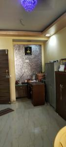 Gallery Cover Image of 600 Sq.ft 1 BHK Apartment for rent in Borivali West for 24000