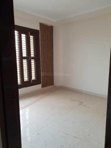 Gallery Cover Image of 720 Sq.ft 2 BHK Apartment for buy in Shastri Nagar for 2300000