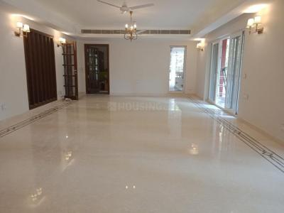 Gallery Cover Image of 7200 Sq.ft 4 BHK Independent Floor for rent in Panchsheel Park for 300000