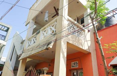 Gallery Cover Image of 800 Sq.ft 2 BHK Independent House for rent in Vengaivasal for 10000