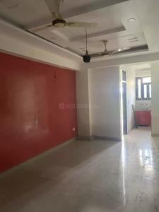 Gallery Cover Image of 650 Sq.ft 1 BHK Apartment for buy in Natures Green Sai Residency, Sector 110 for 1725000