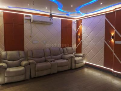 Gallery Cover Image of 3100 Sq.ft 3 BHK Apartment for buy in Krishna Nagar for 20000000