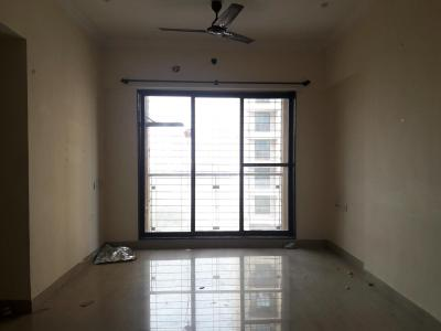 Gallery Cover Image of 900 Sq.ft 2 BHK Apartment for rent in Borivali East for 30000