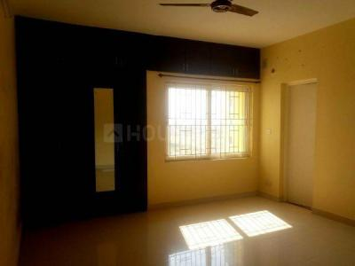 Gallery Cover Image of 1982 Sq.ft 3 BHK Apartment for rent in Siruseri for 16000