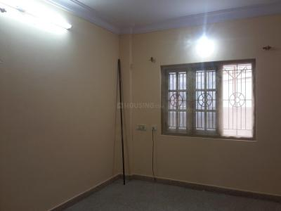 Gallery Cover Image of 950 Sq.ft 2 BHK Apartment for rent in Jeevanbheemanagar for 17000