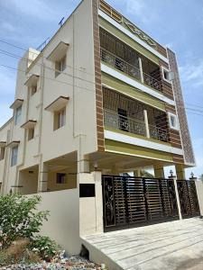 Gallery Cover Image of 850 Sq.ft 2 BHK Independent Floor for buy in Avadi for 3600000