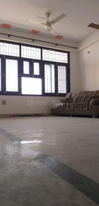 Gallery Cover Image of 2200 Sq.ft 4 BHK Apartment for rent in Sector 18 Dwarka for 35000