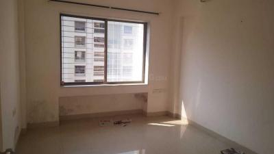 Gallery Cover Image of 1660 Sq.ft 2 BHK Apartment for rent in Fortaleza Apartment, Kalyani Nagar for 30000