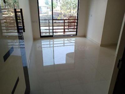 Gallery Cover Image of 650 Sq.ft 1 BHK Apartment for rent in RNA NG NG Canary Phase II, Mira Road East for 13500