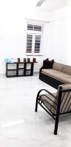 Gallery Cover Image of 1000 Sq.ft 2 BHK Independent House for rent in Vashi for 28000