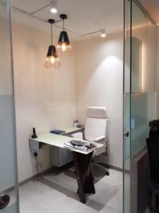 Gallery Cover Image of 425 Sq.ft 1 RK Apartment for buy in Santacruz West for 17500000